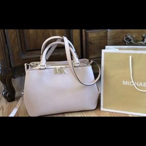 $368 Michael Kors Handbag Purse MK Bag